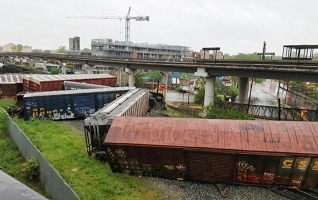railroad cars from a C.S.X. train that derailed in Northeast Washington, DC on 1 May 2016 - looking north